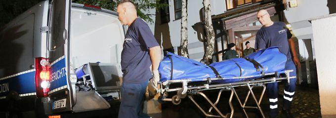 Die Leichen wurden in einem dreistöckigen Haus in Berlin-Gatow entdeckt.