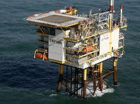 Die Offshore-Plattform L8 P4 zur Gasgewinnung des Energieversorgers Wintershall in der niederländischen Nordsee.