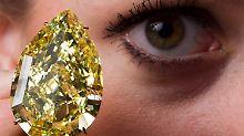 Rannte ein Komplize mit dem Diamanten weg, während der Chinese den Stein schluckte?
