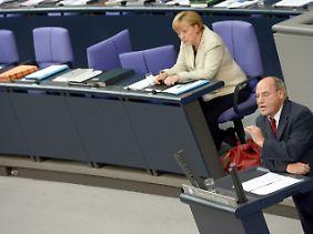 Die Regierung straft Gregor Gysi weitgehend mit Nichtbeachtung.