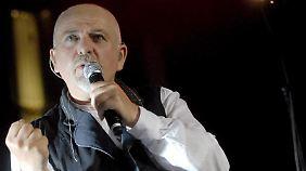 Peter Gabriel bringt Frau Backer zum Schwärmen.