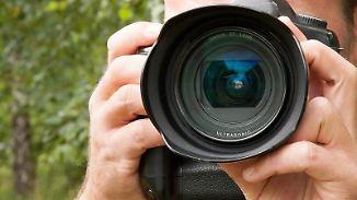 Wer zusammen mit der Kamera ein oder zwei gute Objektive im Set kauft, kann Geld sparen. Foto:Kai Remmers