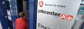 Plädoyer für Lohnzuschüsse: BA sieht Ein-Euro-Jobs kritisch
