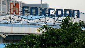 Foxconn schließt Werk in China: 2000 Angestellte prügeln sich