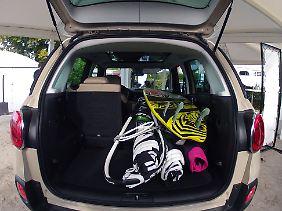 Lust auf Last: Zur Not nimmt der 500 L auch eine Surfausrüstung auf.