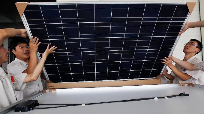 Die USA haben chinesische Solarunternehmen mit Strafzöllen belegt.