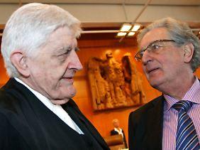 Zwei Kläger: Die FDP-Politiker Gerhart Baum und Burkhard Hirsch.