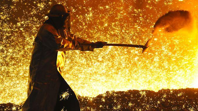 2010 feuert die deutsche Stahlindustrie wieder kräftig an.