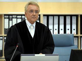 """""""Einblicke in die Strukturen des Terrors"""": Der Vorsitzende Richter Breidling ließ beim Strafmaß die Geständnisse anrechnen."""