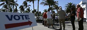 """""""Lasst uns wählen!"""": Offenbar laufen die Abstimmungen zur US-Wahl nicht überall reibungslos."""