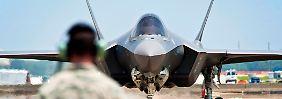 Bilderserie: Stealth-Flugzeuge aus China