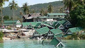 n-tv 2004: Tsunami tötet Hunderttausende Menschen