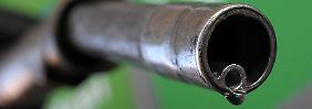 Der neue Biosprit wird wahrscheinlich etwas teuerer sein als herkömmliche Treibstoffe.