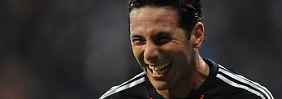 Da freut er sich: Claudio Pizarro.