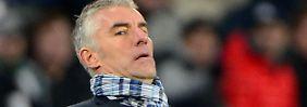 """Wir freuen uns darauf, möglicherweise vorzeitig weiterzukommen"""": Hannovers Trainer Mirko Slomka."""