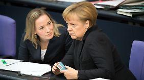 Koalition setzt Betreuungsgeld durch: Steinbrück droht mit Verfassungsklage