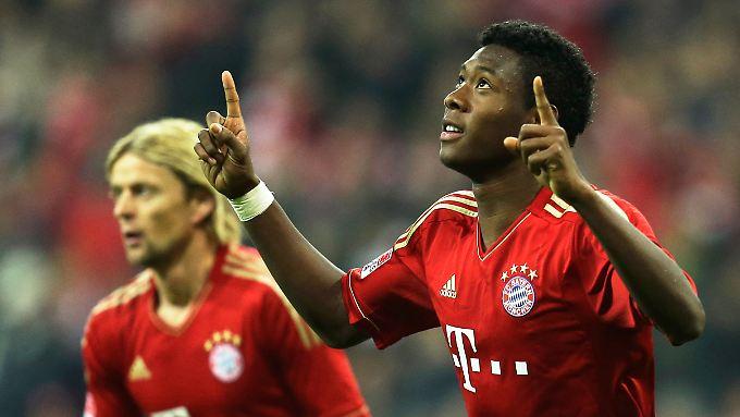 David Alaba ließ sich nicht davon stören, dass der Elfmeter für seine Bayern zweifelhaft war - er verwandelte ihn sicher.