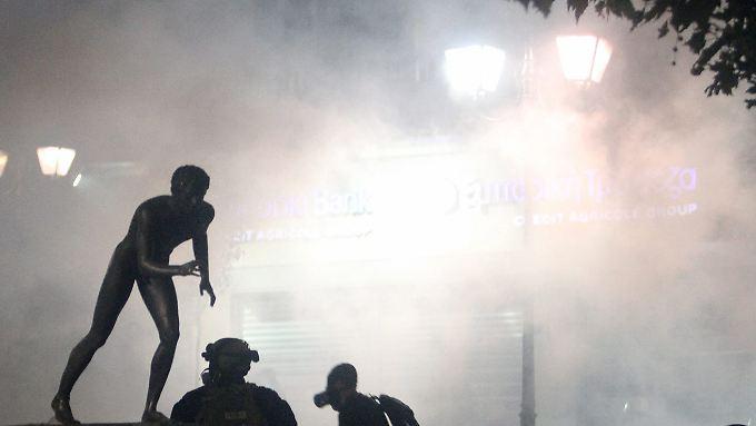 Immer wieder kommt es in Athen zu gewaltsamen Demonstrationen gegen die Sparmaßnahmen.