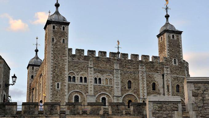 Man könnte ja den Einbrecher in den Tower of London werfen lassen.