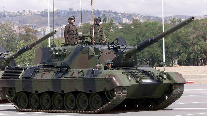 Exportschlager der deutschen Rüstungsindustrie: Hier ein Kampfpanzer der türkischen Streitkräfte vom Typ Leopard 1.