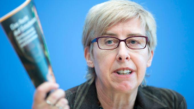Renate Bähr, Geschäftsführerin der Stiftung Weltbevölkerung,   stellt die deutsche Ausgabe des Weltbevölkerungsberichts vor.