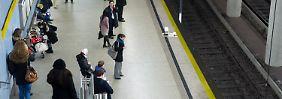 Auf dem Weg zur Arbeit mussten sich viele Münchner in Geduld üben.