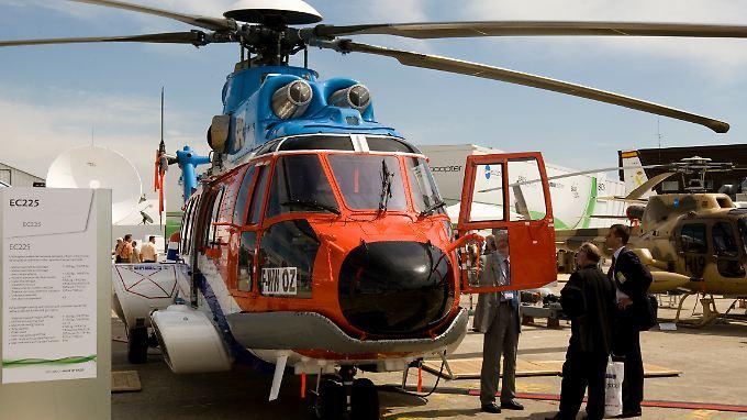 Eurocopter EC 225: Nach zwei Notwasserungen ist die Fluggenehmigung vorübergehend weg.