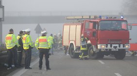 Zur Beweissicherung war die Unfallstelle bis zum Nachmittag von der Polizei gesperrt.