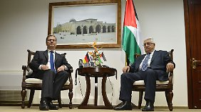 Westerwelle und Abbas.