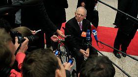 Wolfgang Schäuble weiß, wie man gekonnt etwas herunterspielt.