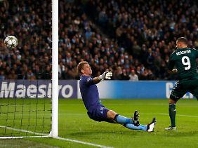 Karim Benzema brachte Real Madrid bei Manchester City in Führung, am Ende hieß es 1:1.