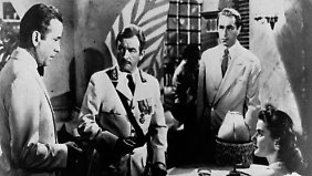 Die Hauptfiguren, dargestellt von Bogart, Claude Rains, Paul Henreid und Ingrid Bergman (v.l.).