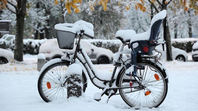 Fahrradfahren könnte in den kommenden Wochen aufgrund des Wetterumschwungs schwieriger werden.