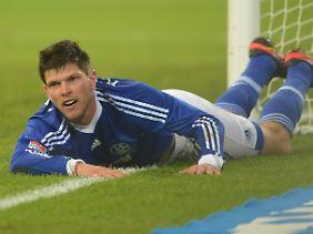 Die gute Nachricht aus Schalker Sicht: Klaas-Jan Huntelaar trifft wieder. Die schlechte: Frankfurt hat auch getroffen.
