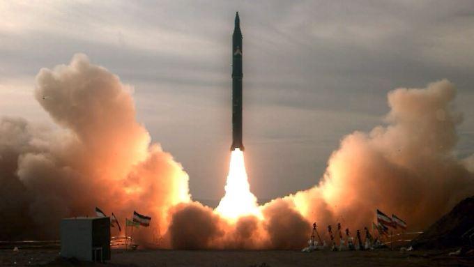 Die iranische Mittelstreckenrakete Sejil 2 hat eine Reichweite von 2000 Kilometern.
