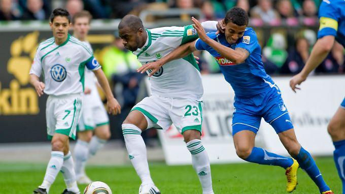 Die Brasilianer Grafite (M) und Josue sind zwei von acht Wolfsburgern bei der WM.