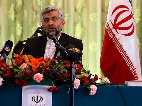 Der iranische Atomunterhändler Saeed Jalili, bei einer Pressekonferenz in China.
