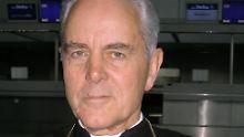 Holocaust-Leugner verurteilt: Geldstrafe für Williamson