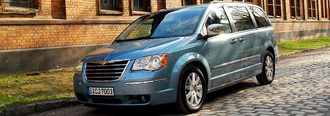 Mit dem Grand Voyager hat Chrysler ein ausgesprochen komfortables Reisemobil auf die Räder gestellt. Platz und elektrische Helferlein gibt es satt.