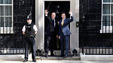 Briten ohne steife Oberlippe: Cameron und Clegg