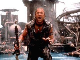 """Kevin Costner will nicht nur auf der Leinwand in """"Waterworld"""" den Helden spielen, sondern auch den Golf von Mexiko vor der Ölpest befreien."""