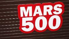 Marslandschaft und Holzfurnier: Simulationsflug zum Roten Planeten
