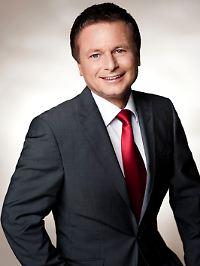 n-tv-Börsenmoderator Raimund Brichta ist neugierig: Wird der Fiskus Bares annehmen?