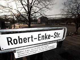 Eine Straße als Erinnerung an den Torhüter.