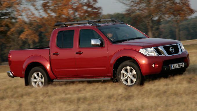 Dank des zuschaltbaren Allradantriebs ist der Nissan nicht auf Straßen angewiesen.