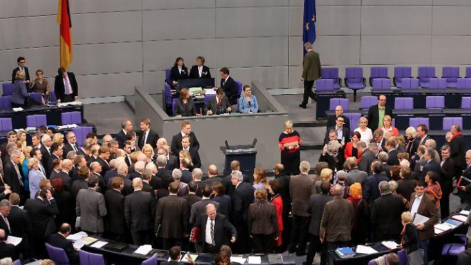Der Bundestag hat sich wie erwartet für die neuen Griechenland-Hilfen entschieden.