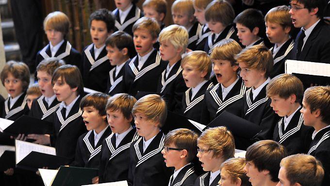 Neurowissenschaftler untersuchen das Verhalten der Thomaner beim Singen.