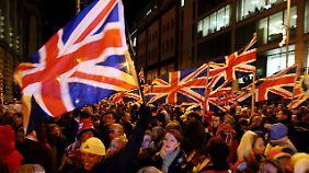 Die Unionisten wollen ihre Flagge nicht hergeben.