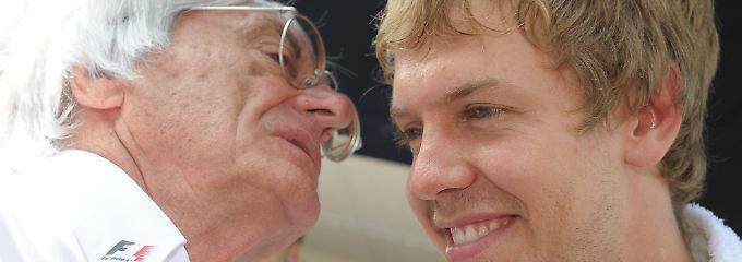 Der Formel-1-Chef und sein Lieblingsfahrer: Bernie Ecclestone mit Weltmeister Sebastian Vettel.