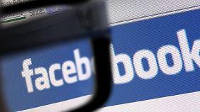 Kritiker hielten Facebook vor, die Abstimmungen seien angesichts der unrealistisch hohen 30-Prozent-Hürde eine Farce gewesen.